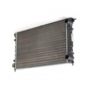 Radiateur d'eau largeur 570mm pour golf 1 D et TD , 1600 GTI avec clim